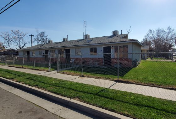 Cover photo of 4690 E. Hungtton Ave., Fresno (fourplex for sale)
